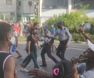 Voces LGBTIQ+ se declaran contra la violencia vivida en Cuba al calor de las protestas