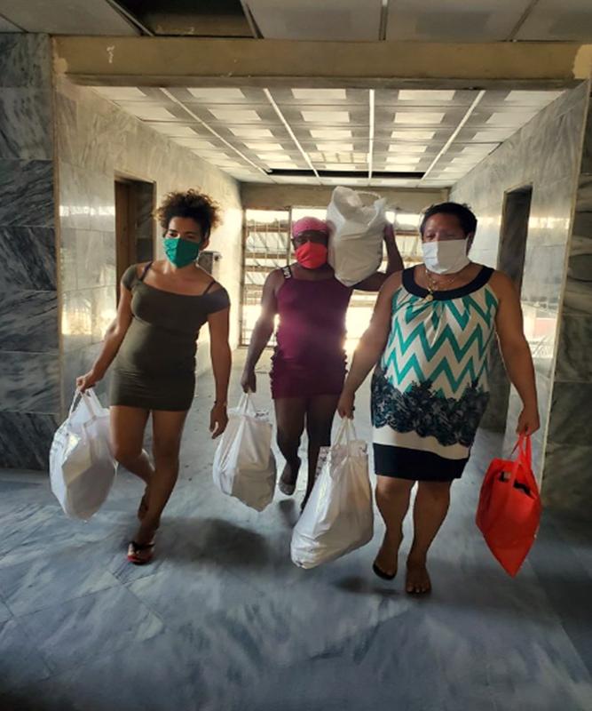 Comunidad Trans ayuda en la Covid-19 en Cuba a personas necesitdas