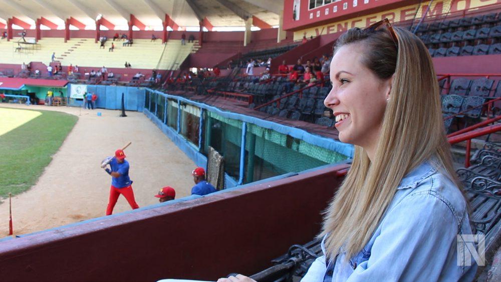 Melissa_Blanco_narradora_cubana_estadio_Cuba