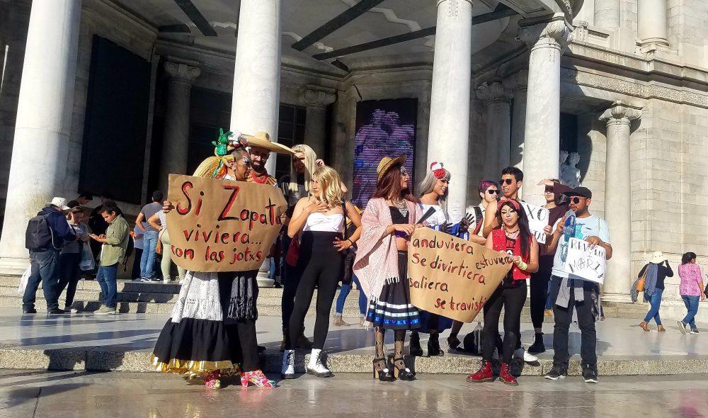"""Protesta para defender al """"Zapata Gay"""". Foto: Claudia Padrón"""