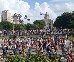 «Caminé una cuadra con rabia»: El relato de un estudiante universitario que protestó el 11 de julio en Cuba
