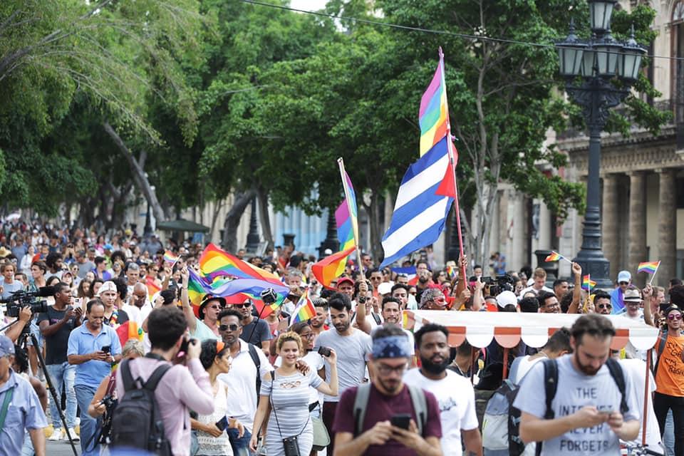 Marcha independiente de la comunidad LGBTIQ+